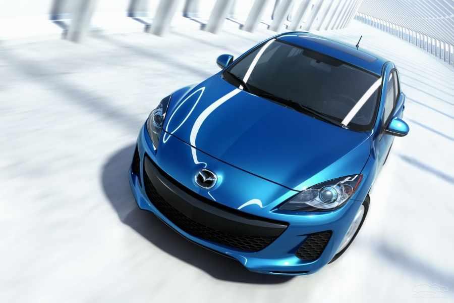 """Машина марки """"Mazda"""""""